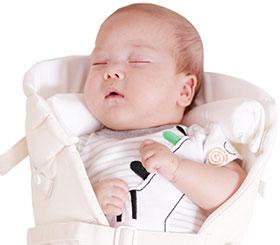 新生児から使える日本製抱っこ紐|sun&beach新生児インサート特徴:首サポートで新生児も安心